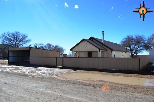 208 S Marshall St, Grady, NM 88120 (MLS #20183637) :: Rafter Cross Realty