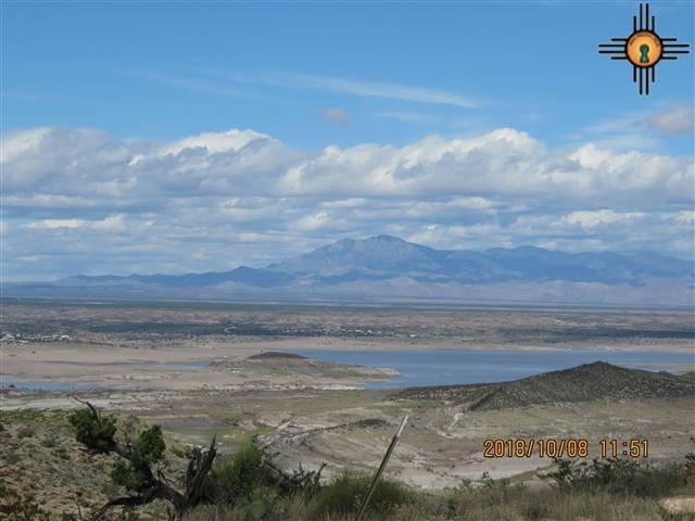17 Monterrey Point, Elephant Butte, NM 87935 (MLS #20184699) :: Rafter Cross Realty