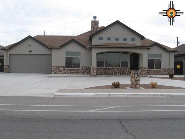 1607 W Mahone Drive, Artesia, NM 88210 (MLS #20190108) :: Rafter Cross Realty