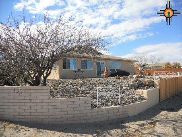 100 Montreal Ave., Elephant Butte, NM 87935 (MLS #20190959) :: Rafter Cross Realty