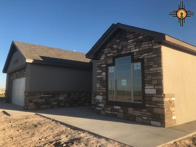 63 Crook Dr, Artesia, NM 88210 (MLS #20191010) :: Rafter Cross Realty
