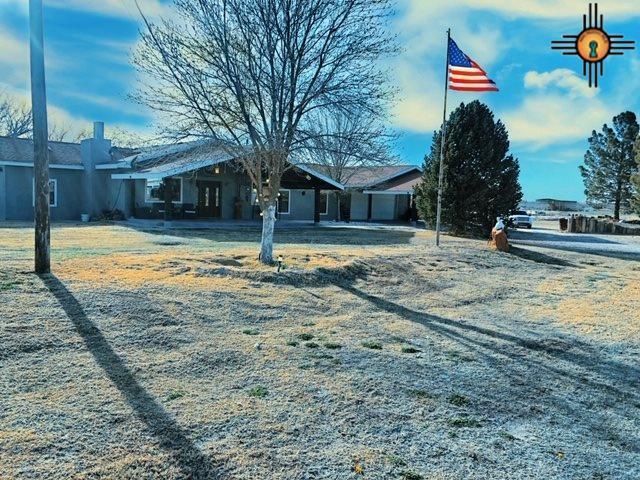 1771 Pecos Highway, Carlsbad, NM 88220 (MLS #20191043) :: Rafter Cross Realty