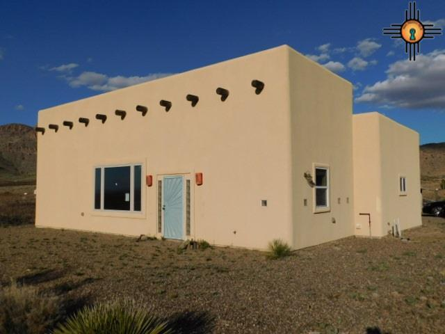 10045 Boothill Rd Se, Deming, NM 88030 (MLS #20191204) :: Rafter Cross Realty
