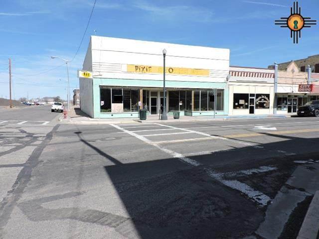1 Main Street, Clayton, NM 88415 (MLS #20201249) :: The Bridges Team with Keller Williams Realty