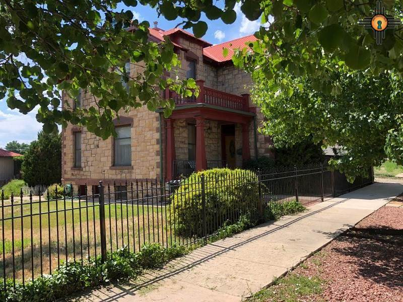 511 Ninth Street - Photo 1