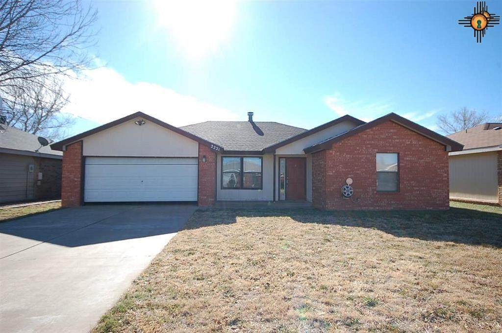 2221 Country Meadows - Photo 1
