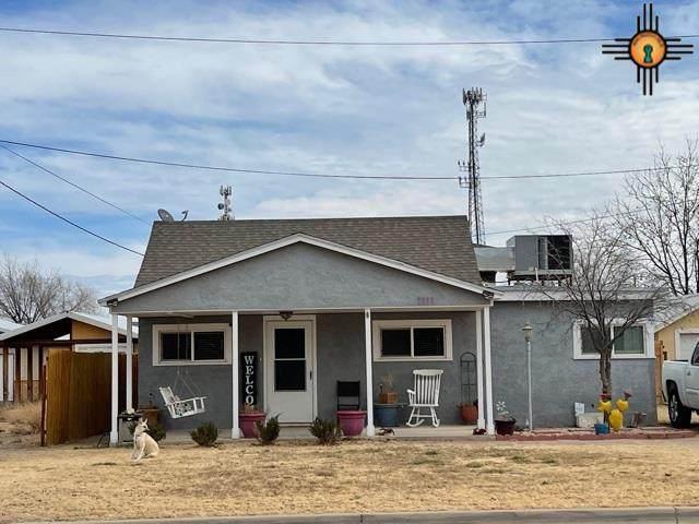 1111 S Roselawn Ave, Artesia, NM 88210 (MLS #20210322) :: Rafter Cross Realty