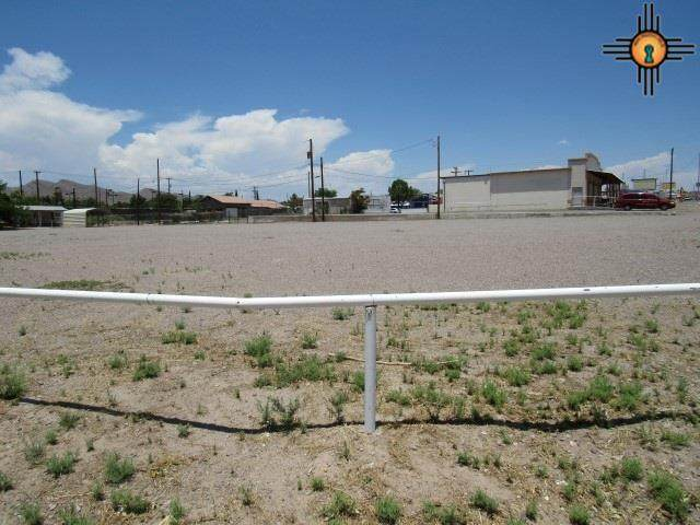 302 Date, Truth Or Consequences, NM 87901 (MLS #20212085) :: The Bridges Team with Keller Williams Realty