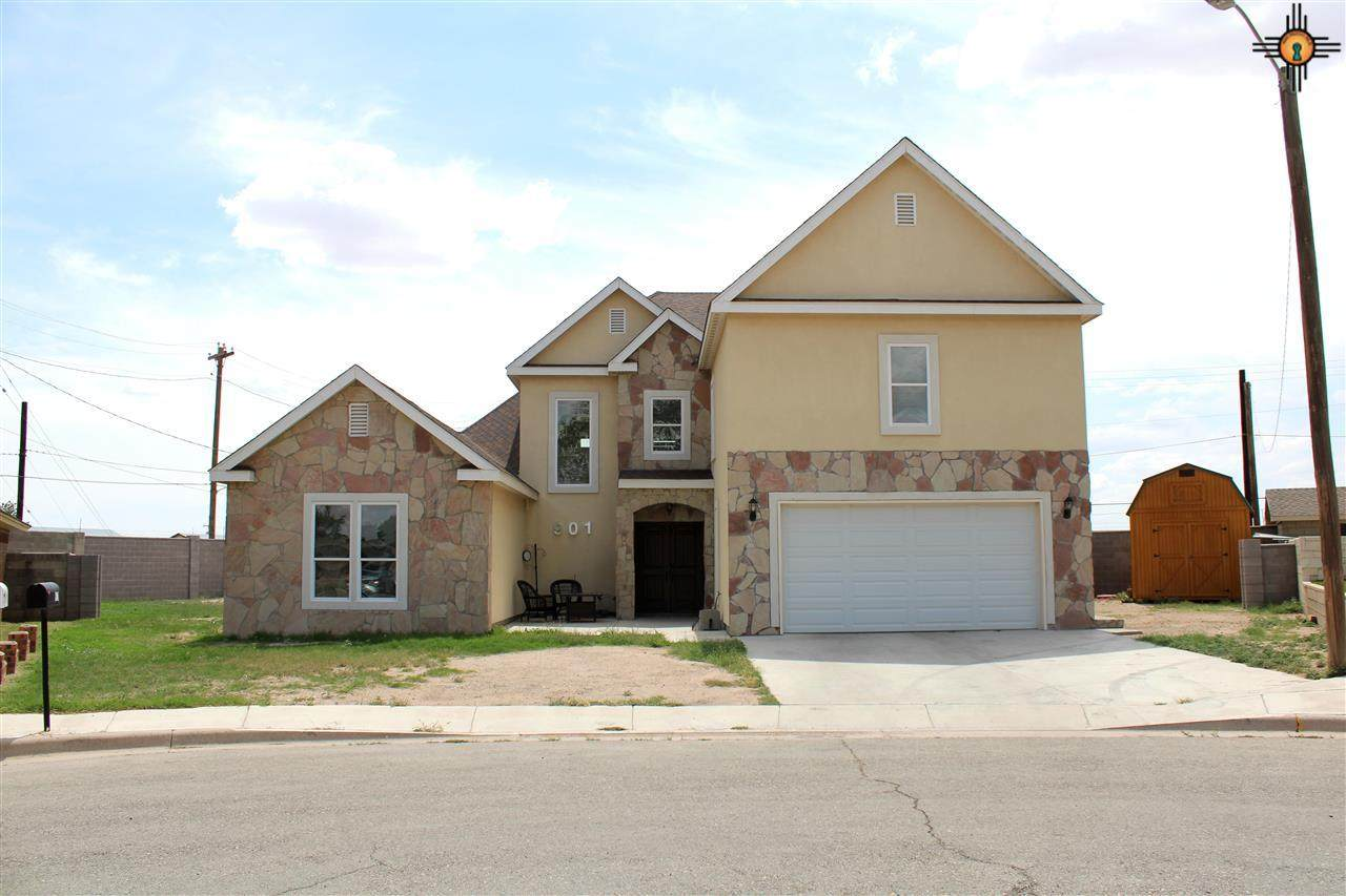 901 Bell Place - Photo 1