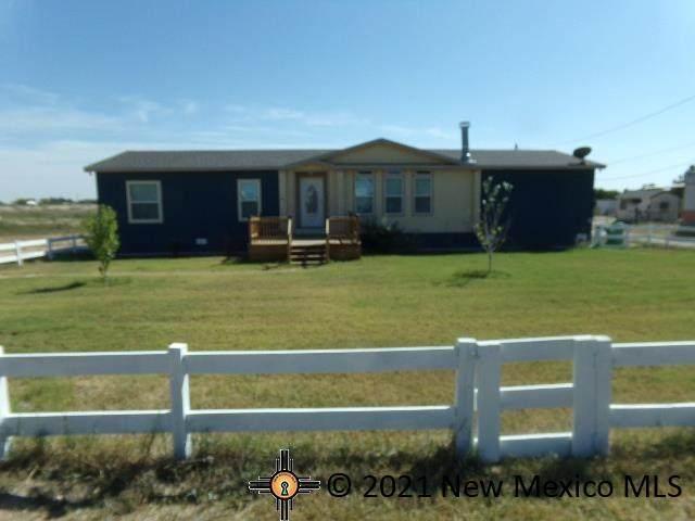 25 Gary Drive, Artesia, NM 88210 (MLS #20215165) :: Rafter Cross Realty