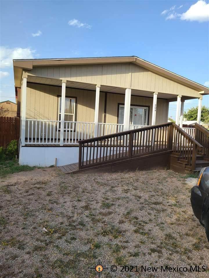 904 Bates Ave - Photo 1