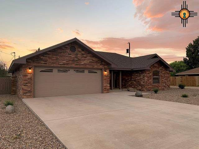 1104 Aquarius, Portales, NM 88130 (MLS #20202220) :: Rafter Cross Realty