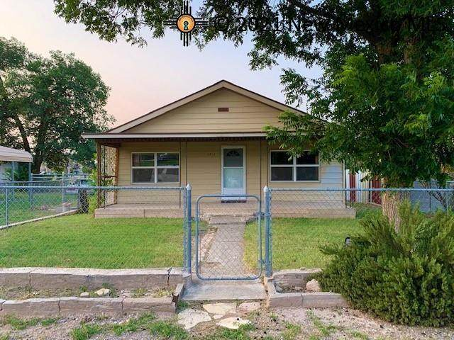 2512 W Quay Ave, Artesia, NM 88210 (MLS #20213956) :: Rafter Cross Realty