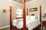 6315 Royal Lakes Estates Avenue - Photo 17