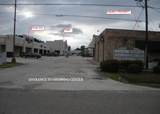 1802 Causeway Boulevard - Photo 3