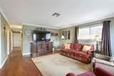 4413 Lakewood Drive - Photo 2