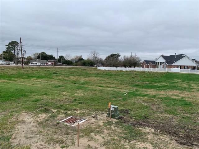 111D Plantation Road, Destrehan, LA 70047 (MLS #2234785) :: Inhab Real Estate