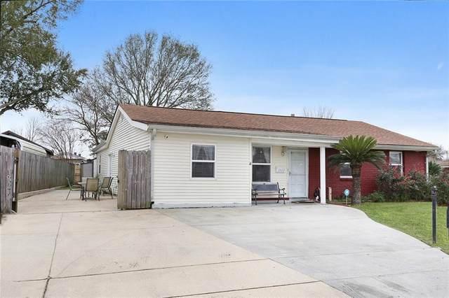 2868 Hickorybrook Drive, Gretna, LA 70056 (MLS #2237556) :: Inhab Real Estate