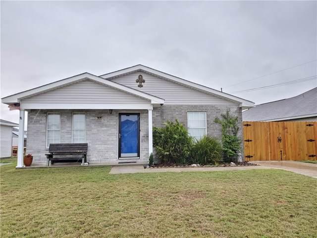 2704 Bayou Vista Drive, Marrero, LA 70072 (MLS #2239195) :: Crescent City Living LLC