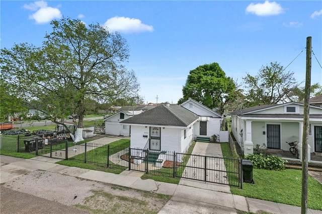 2825 Mistletoe Street, New Orleans, LA 70118 (MLS #2246693) :: Inhab Real Estate