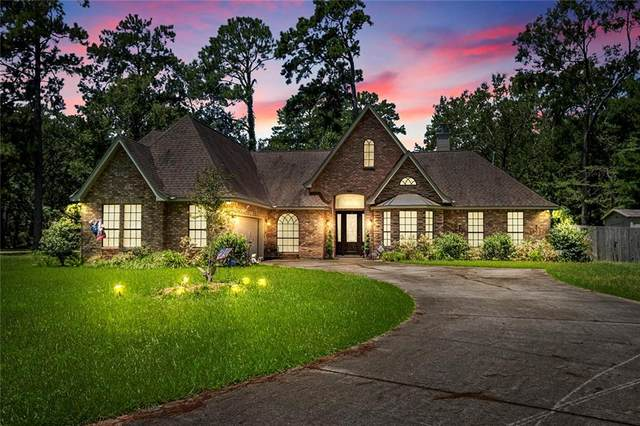 225 Garden Avenue, Mandeville, LA 70471 (MLS #2263184) :: Turner Real Estate Group