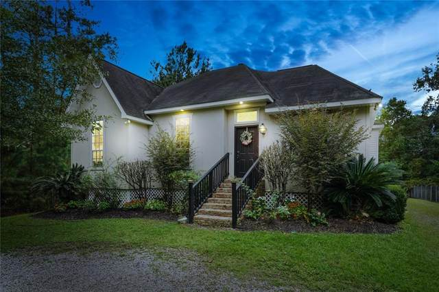 800 Canary Pine Court, Mandeville, LA 70471 (MLS #2270661) :: Reese & Co. Real Estate