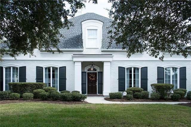 207 Forest Oaks Drive, New Orleans, LA 70131 (MLS #2270762) :: The Sibley Group