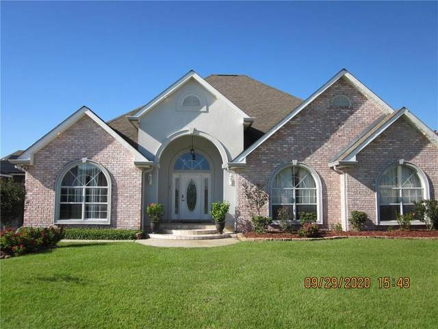 3401 Heatherwood Drive, Harvey, LA 70058 (MLS #2271240) :: Reese & Co. Real Estate