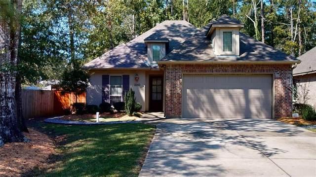2060 Molitor Street, Mandeville, LA 70448 (MLS #2272572) :: Reese & Co. Real Estate