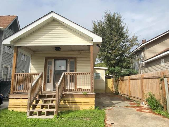 2677 Gladiolus Street, New Orleans, LA 70122 (MLS #2274297) :: The Sibley Group
