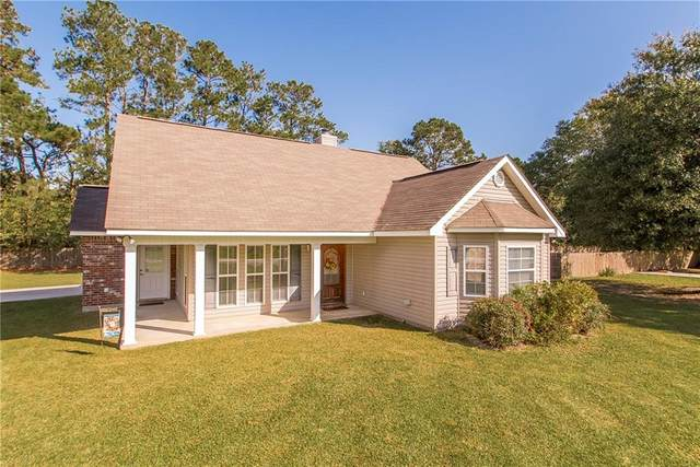 17157 Kayla Drive, Ponchatoula, LA 70454 (MLS #2275923) :: Crescent City Living LLC