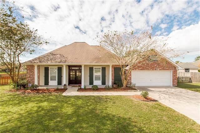 121 Oak Knoll Drive, La Place, LA 70068 (MLS #2277309) :: Reese & Co. Real Estate