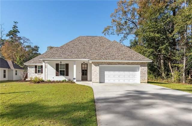 1004 Clausel Street, Mandeville, LA 70448 (MLS #2279067) :: Nola Northshore Real Estate
