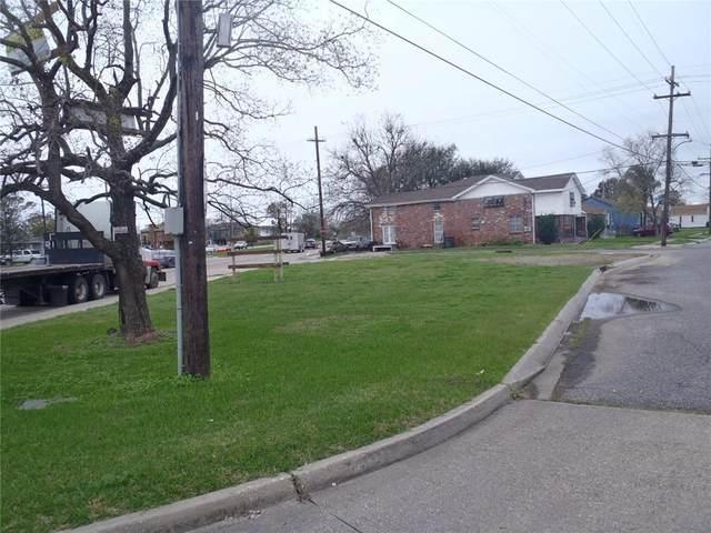 2825 Holly Grove Street, New Orleans, LA 70118 (MLS #2280989) :: Satsuma Realtors