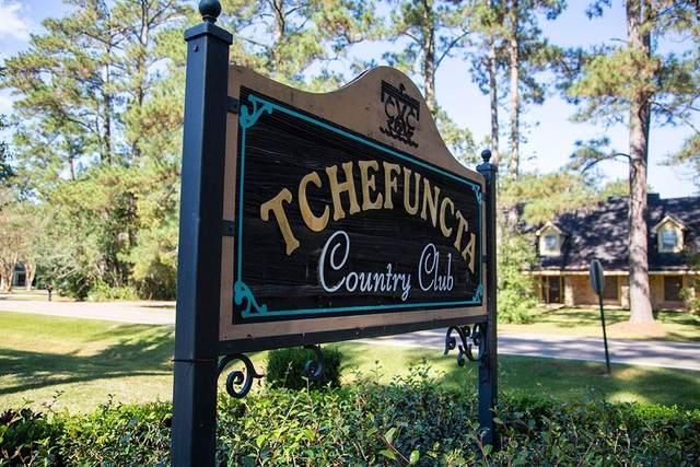 18 Greenbriar Drive, Covington, LA 70433 (MLS #2282858) :: Turner Real Estate Group