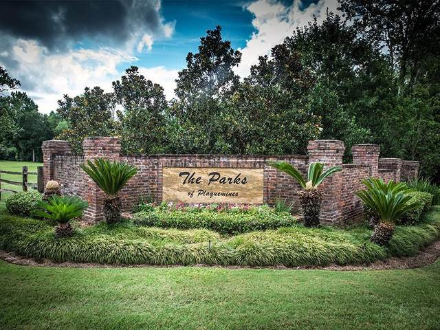 150 Green Trails Drive, Belle Chasse, LA 70037 (MLS #2285109) :: Top Agent Realty