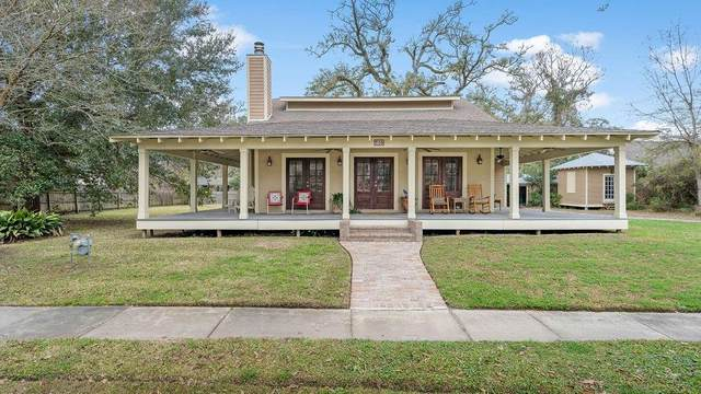 246 East Street, Mandeville, LA 70448 (MLS #2289026) :: Nola Northshore Real Estate