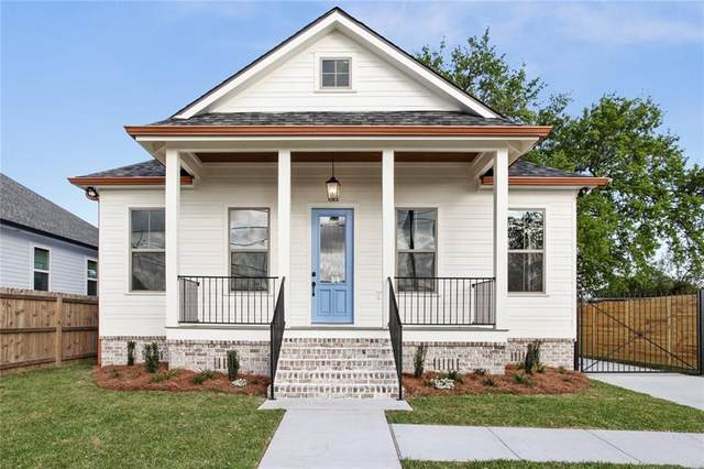 1807 W Center Street, Arabi, LA 70032 (MLS #2293910) :: Nola Northshore Real Estate