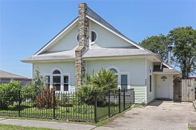 9023 Amour Drive, Chalmette, LA 70043 (MLS #2296182) :: Robin Realty