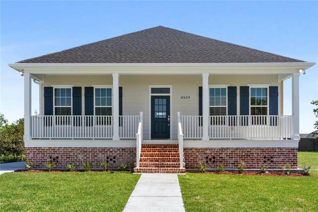 8529 Squadron Drive, Chalmette, LA 70043 (MLS #2296225) :: Nola Northshore Real Estate