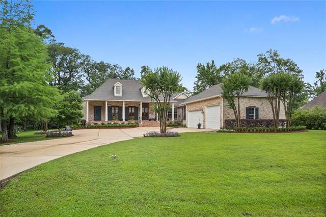 9 Crystal Lake Lane, Mandeville, LA 70471 (MLS #2298035) :: Reese & Co. Real Estate