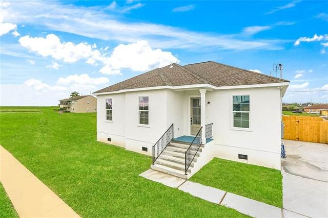 3909 Volpe Drive, Chalmette, LA 70043 (MLS #2299515) :: Reese & Co. Real Estate