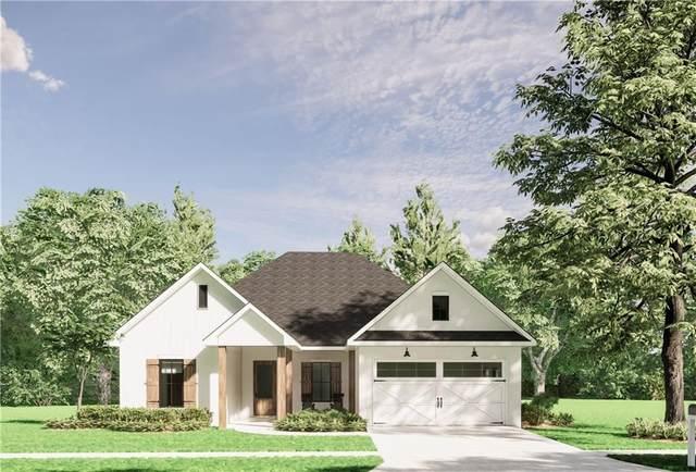 2301 Cours Carson Drive, Mandeville, LA 70448 (MLS #2299698) :: Reese & Co. Real Estate