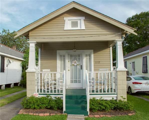 1112 8TH Street, Gretna, LA 70053 (MLS #2301229) :: Crescent City Living LLC