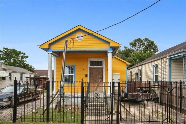8521 Belfast Street, New Orleans, LA 70118 (MLS #2303249) :: Reese & Co. Real Estate