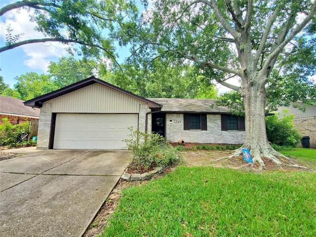 2744 Oak Leaf Drive, Marrero, LA 70072 (MLS #2304052) :: Crescent City Living LLC