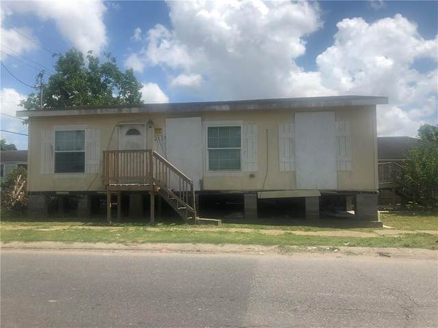 2138 Music Street, New Orleans, LA 70117 (MLS #2304350) :: Crescent City Living LLC