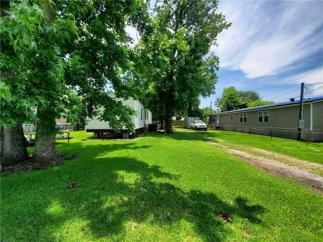 117 Cedar Drive, Belle Chasse, LA 70037 (MLS #2304582) :: Parkway Realty