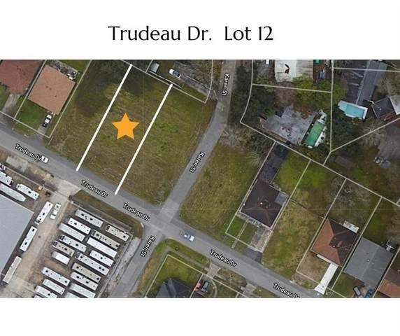 220 Trudeau Drive, Metairie, LA 70003 (MLS #2306934) :: United Properties