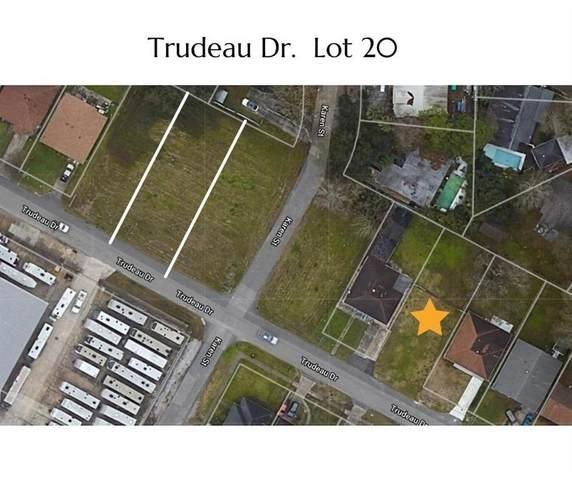 308 Trudeau Drive, Metairie, LA 70003 (MLS #2306939) :: United Properties